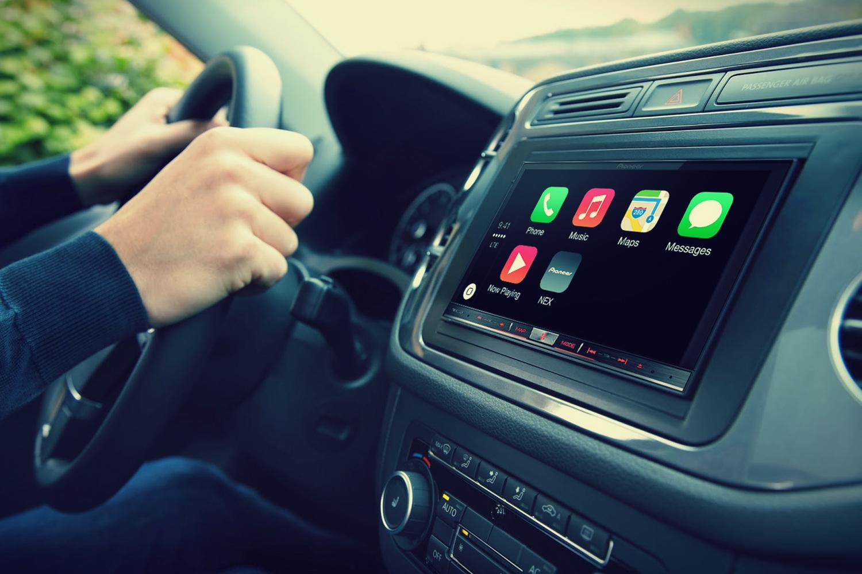 Что общего и различного в приложениях Apple CarPlay и Google Android Auto