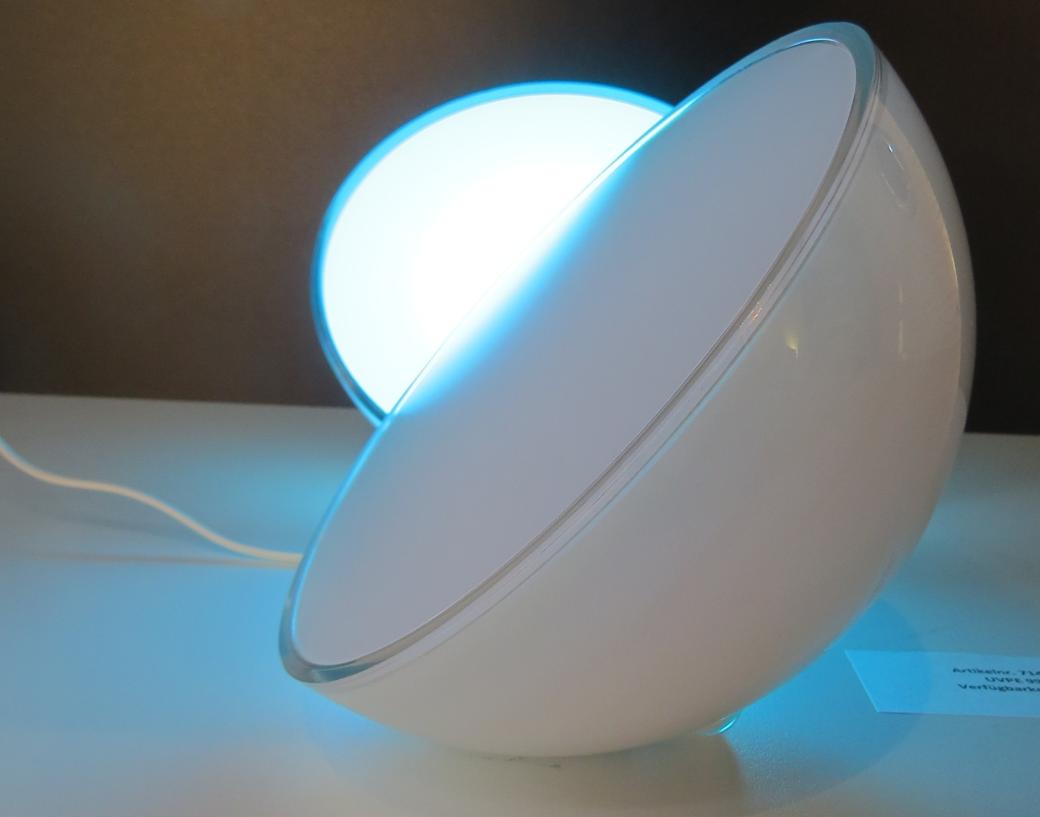 Интернет вещей: в линейке умных лампочек Philips появилась новая модель — Hue Go
