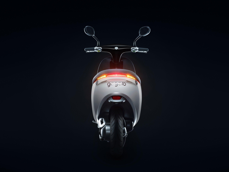 Компания Gogoro начала продажи электрического скутера Smartscooter — «Tesla Model S в мире скутеров»
