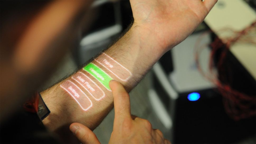 Учёные хотят, чтобы человеческая кожа выполняла функции носимого гаджета